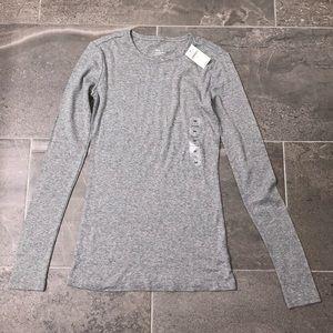Women's Gap Long Sleeve Basic, Size XS